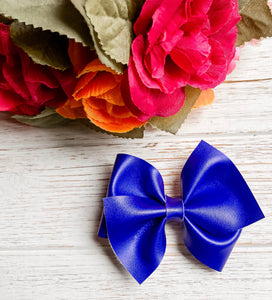 glitter, glitter bow, braid, hair clip, girl, toddler, bow, bows, headband, headbands, head wrap, baby, hair goals, baby shower, baby photography, photography prop, girl hair style, hairstyles, Fabric Bow, faux leather bow, Hair bow, newborn bow, girls hair bow, toddler hair bow, newborn photography, hair accessory, baby girl, mommy and me, little girl fashion, valentine bow, sweetpeaandmebows, spring hairbow