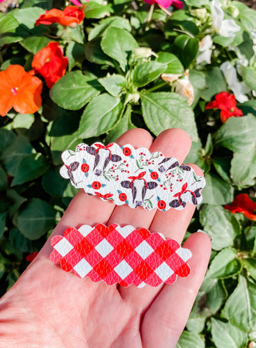 Scalloped Cow SET OF 2 Snap Clips