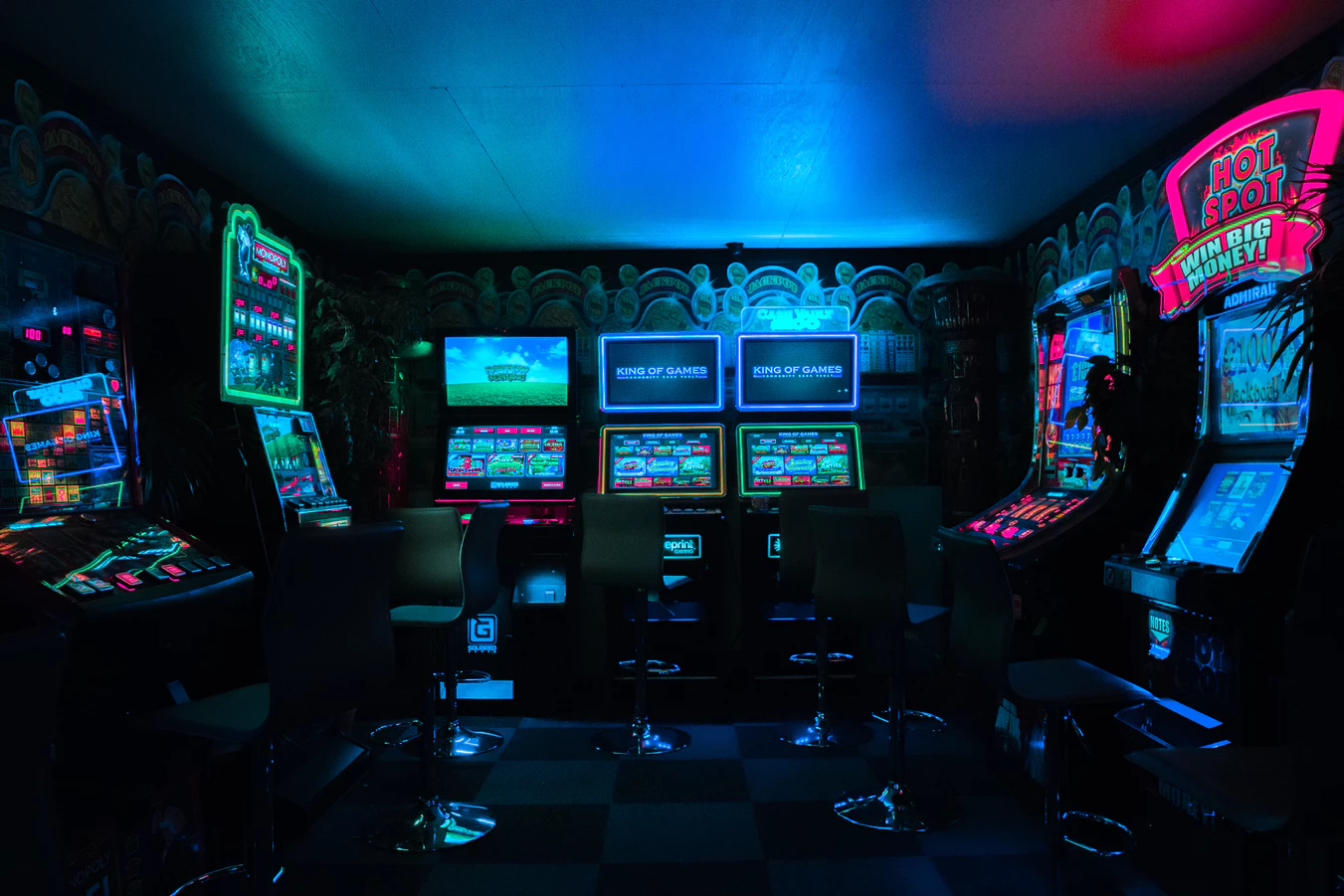 best video gaming lounges america