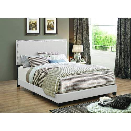 Govina Queen Bed