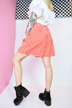 CANDY STRIPED SHORTS - 28""