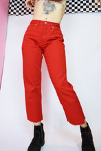 RED LONDON MOM JEANS