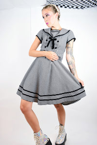 90s GINGHAM GOTH SAILOR DRESS - XS
