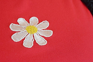 90s RED BEADED DAISY TEE - XXL