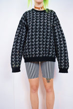 HOUNDS TOOTH 90S JUMPER - LARGE