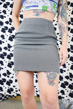 90s BLACK AND WHITE MINI SKIRT - 25""