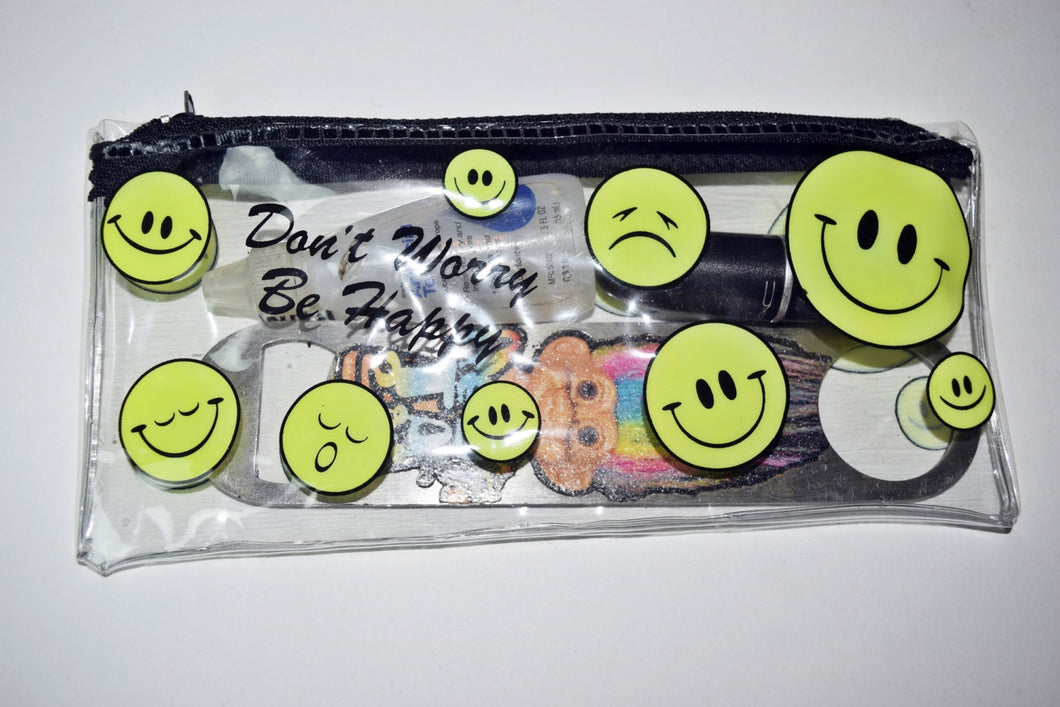 VTG 90s PVC Clear Zipper SMILEY Face Wallet