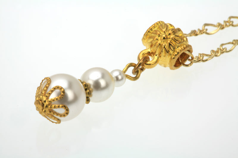 Triple White Pearl Gold Pendant