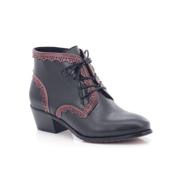 Bellasiba Ladies Lace-up Low Heel Bronco Booties