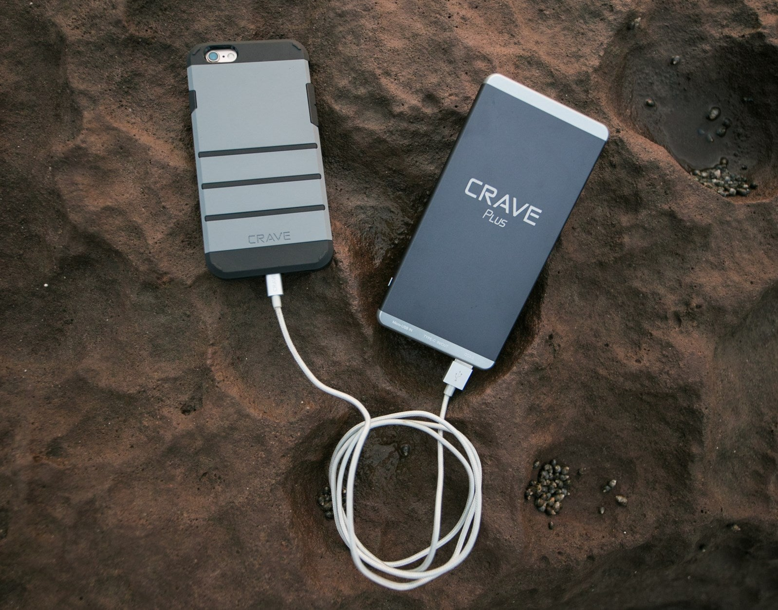 Crave Slim Power Bank charging an Apple smartphone iphone