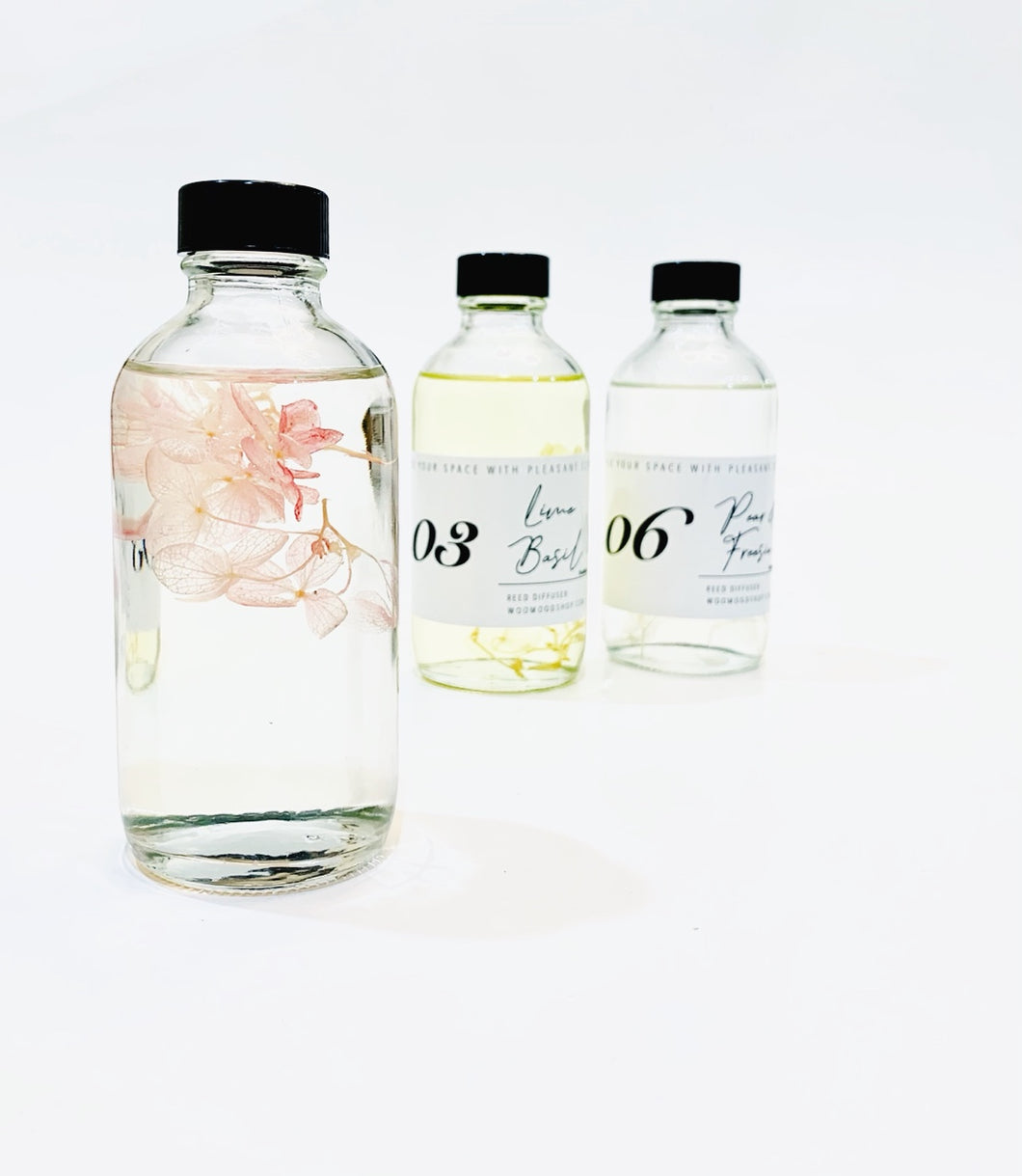 Preserved Flower Diffuser W/ Round Bottle