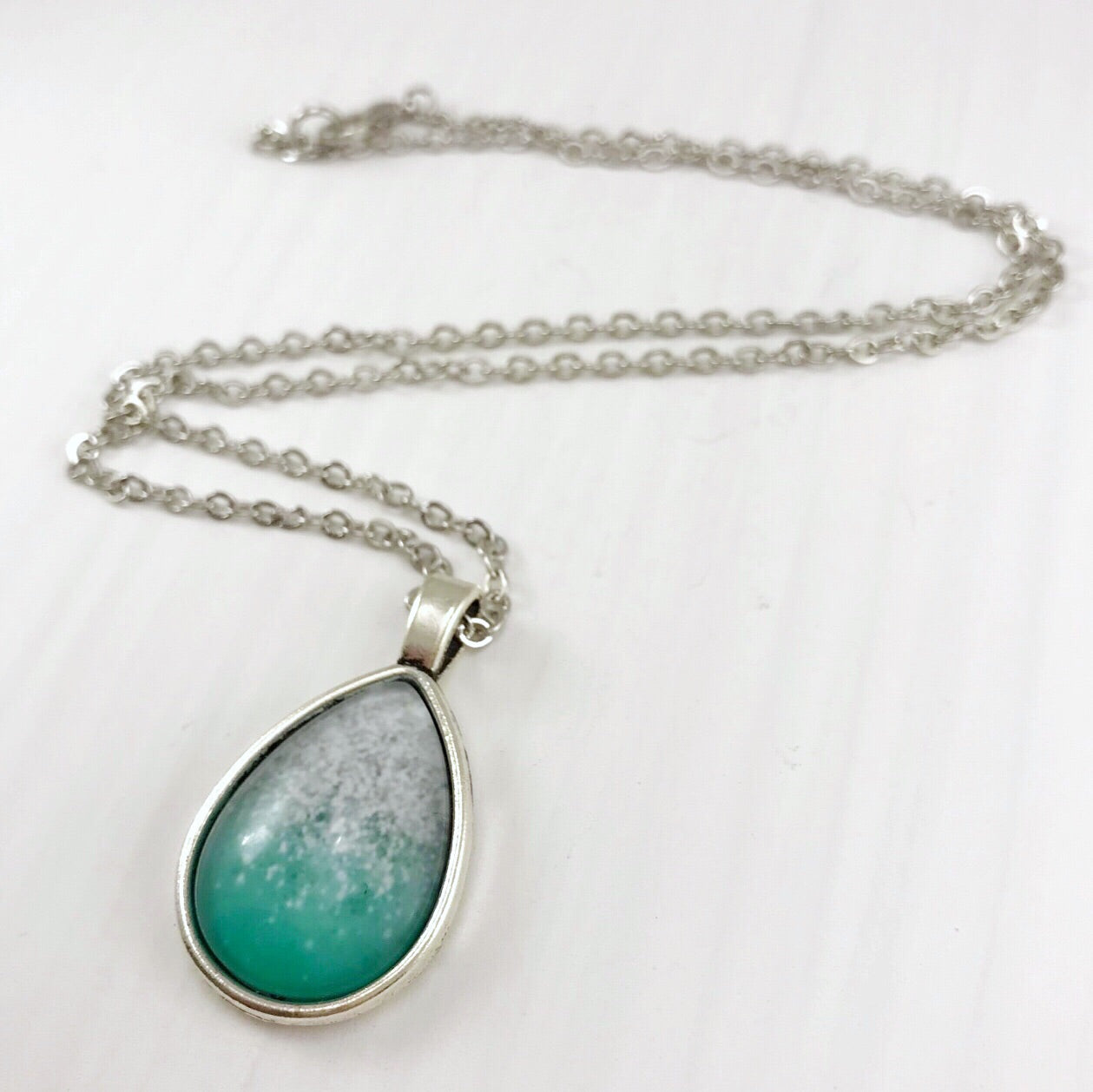 Silver and Green Teardrop Necklace - Antique Silver