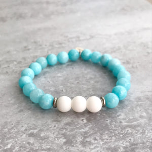 Aquamarine and White Agate Bracelet - 8mm