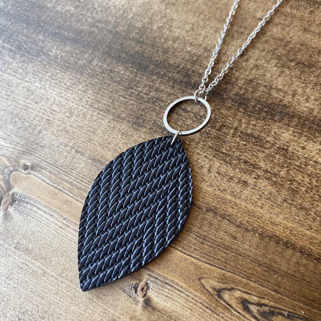 Leaf Necklace - Black