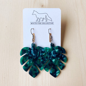 Monstera Acetate Earrings - Green