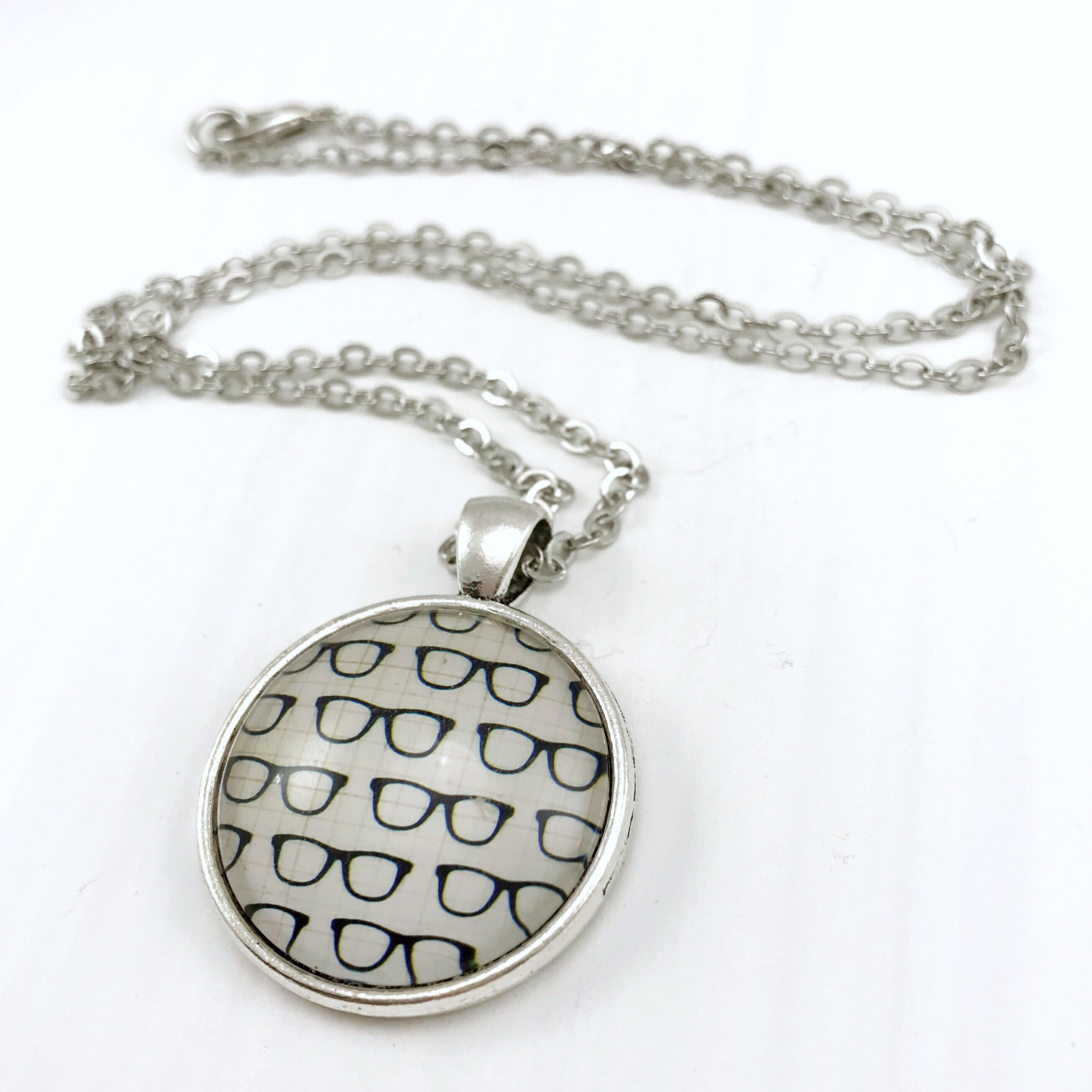 Glasses Necklace - Antique Silver