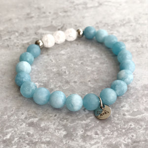 Blue Chalcedony and Cracked Quartz Bracelet - 8mm