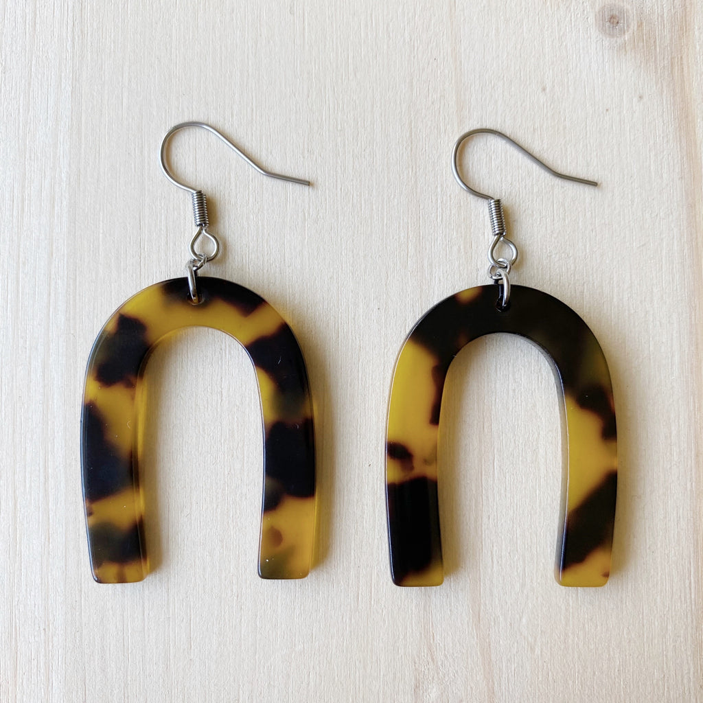 Horseshoe Acetate Earrings - Tortoiseshell