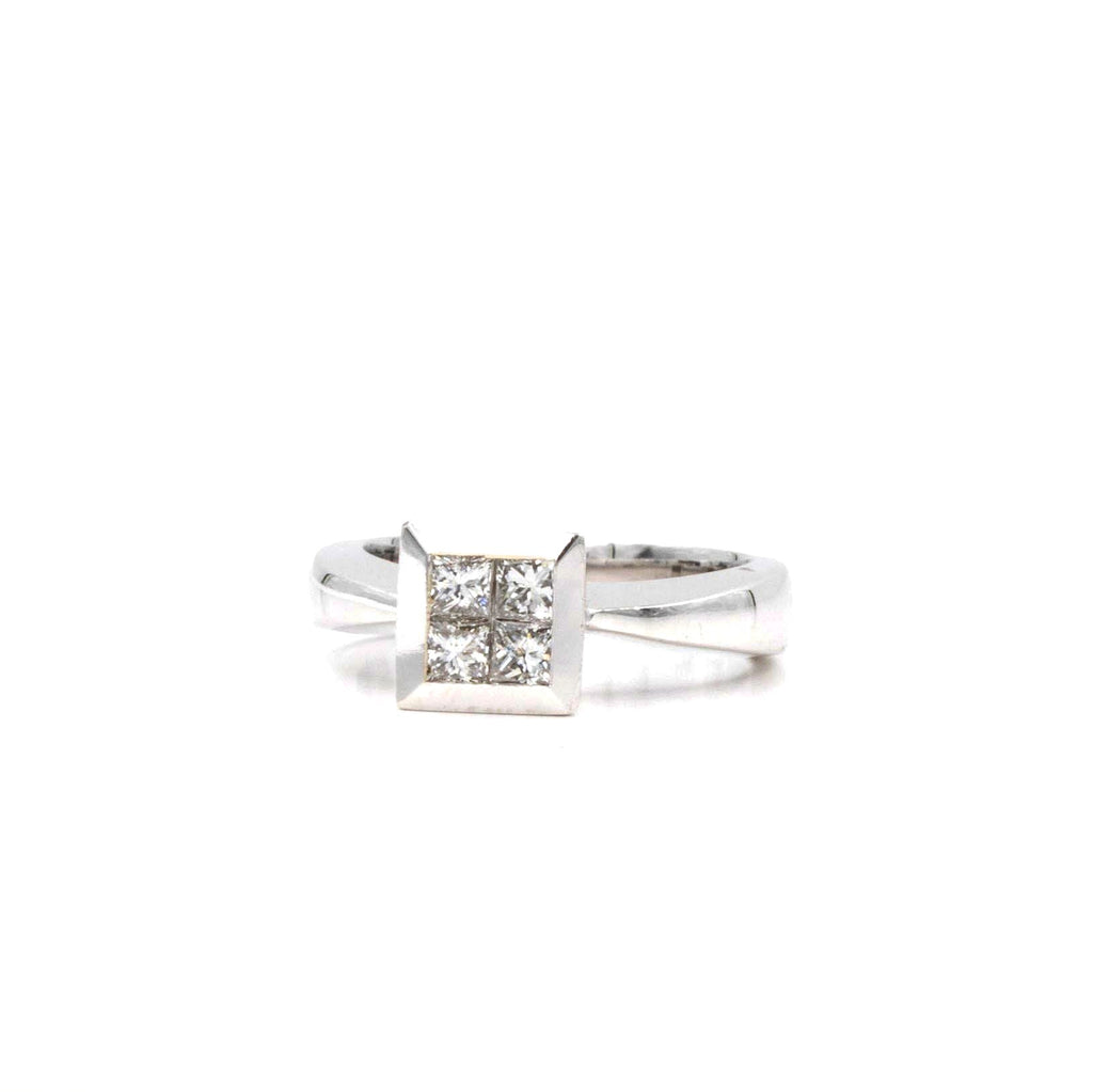 Invisible Princess Cut Diamond Ring | Blacy's Fine Jewelers