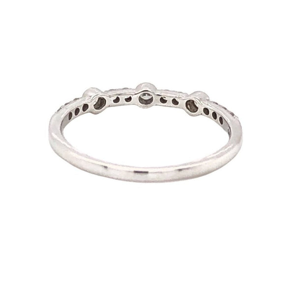 Alternating Large and Small Round Brilliant Cut Diamonds 0.20 ctw Stackable Band 14K White Gold | Blacy's Fine Jewelers