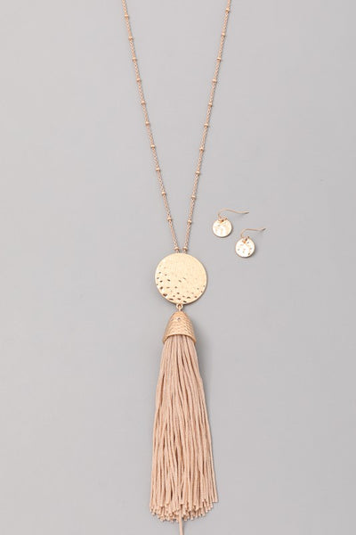 HARMONY NECKLACE - TAUPE