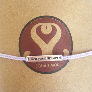 "Pulsera Dije de Plata ""Live Your Dream"""""