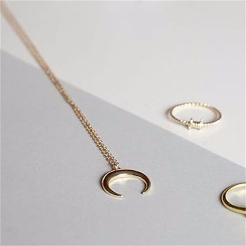 Simple Moon Necklace
