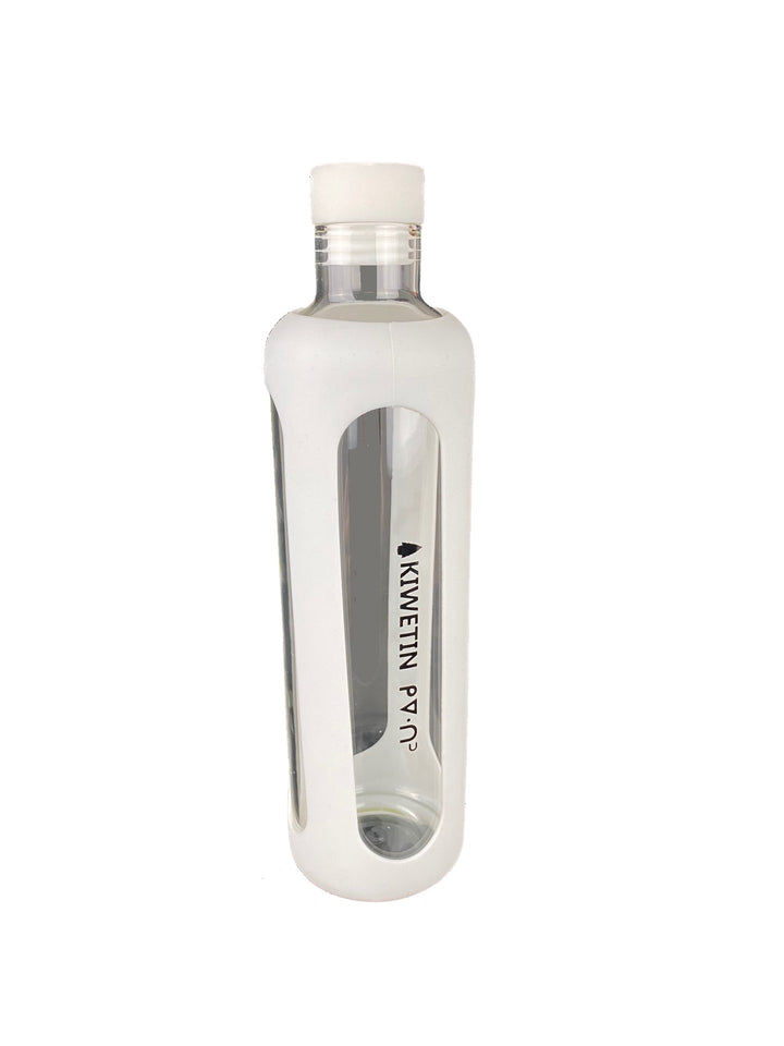Kiwetin ᑭᐁᐧᑎᐣ Glass Water Bottle