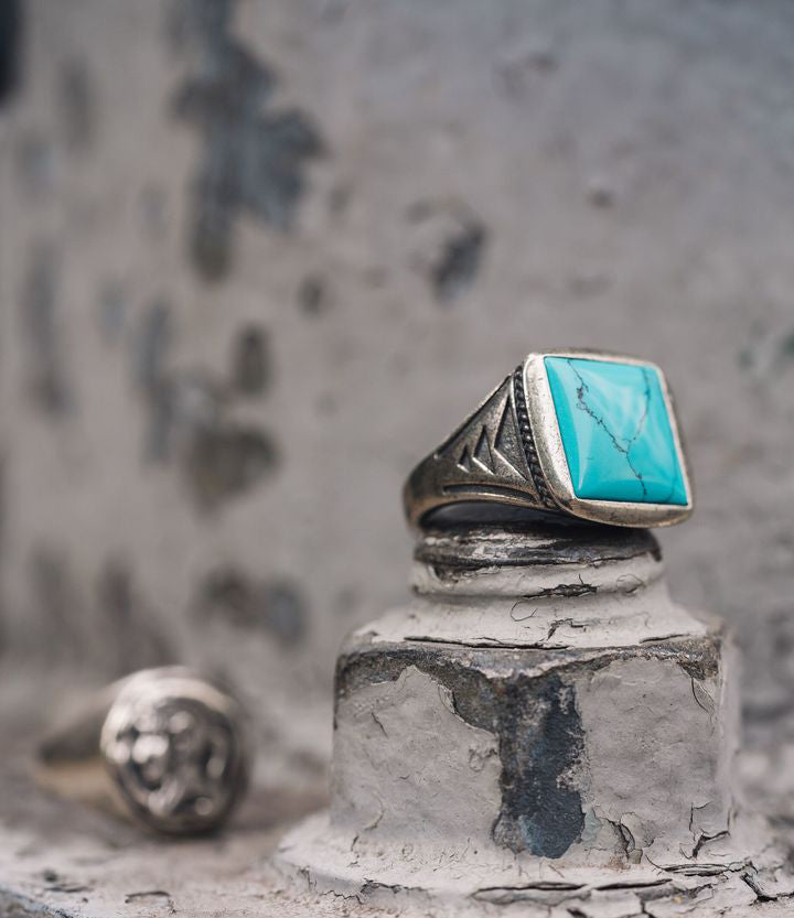 Sterling Silver Vintage Turquoise Signet Ring