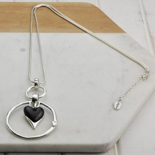 Black Resin Heart Circle Necklace
