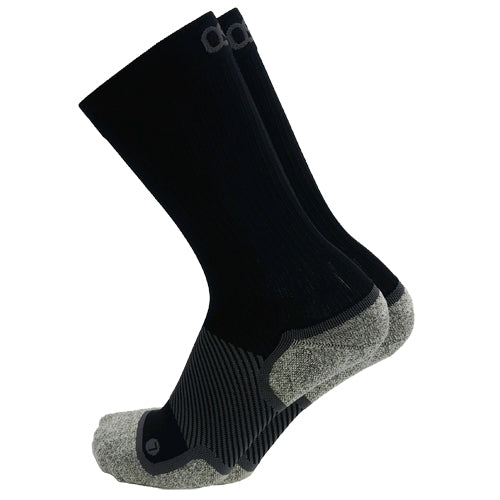 Arch Supported Crew Socks (black or white)