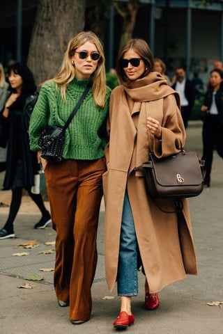 brown trousers street style