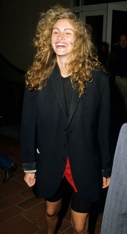 julia roberts with curly hair