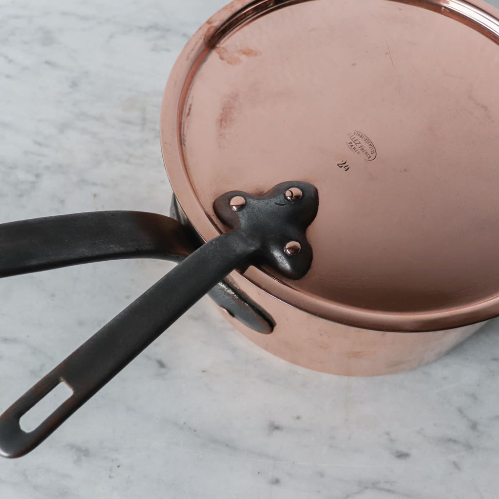 Allez Freres Paris Stamped Copper Pot with Lid - The French Kitchen