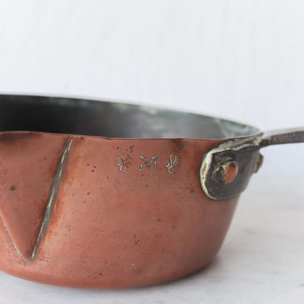Copper Pot with Spout - the french kitchen
