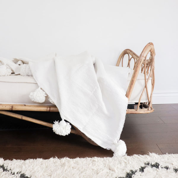 Moroccan Pom Pom Throw - white - Textiles