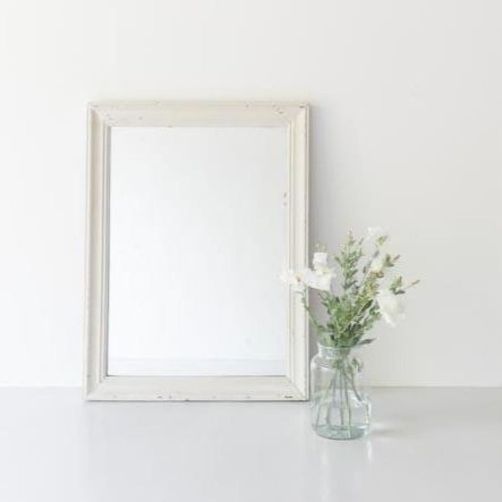 Simple Vintage Mirror - Decor