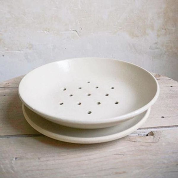 Stoneware Berry Bowl - NATURAL - The French Kitchen