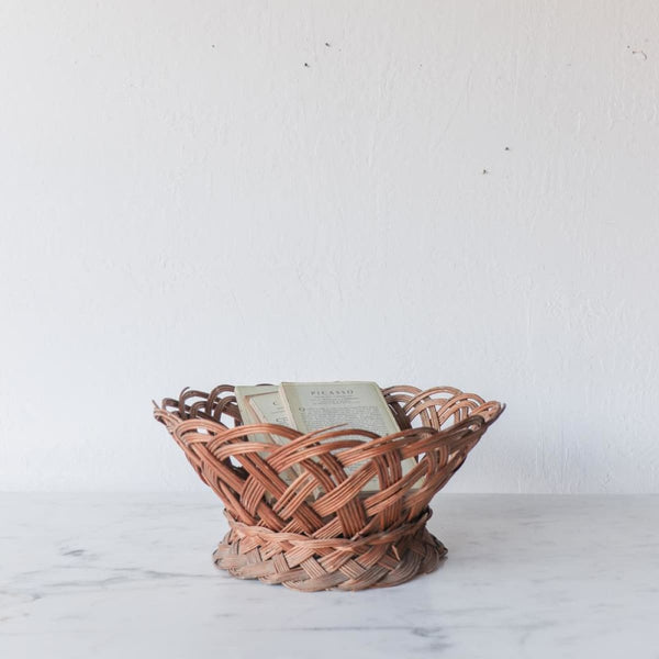 Vintage Pedestal Basket - Decor