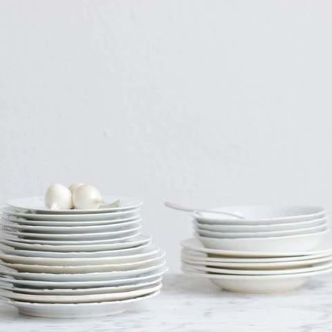 A Beginner's Guide to Buying Dinnerware