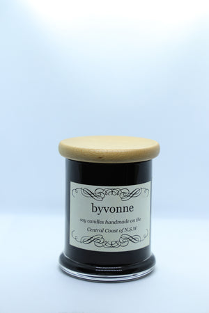 Black Jar Candle with Wooden Lid