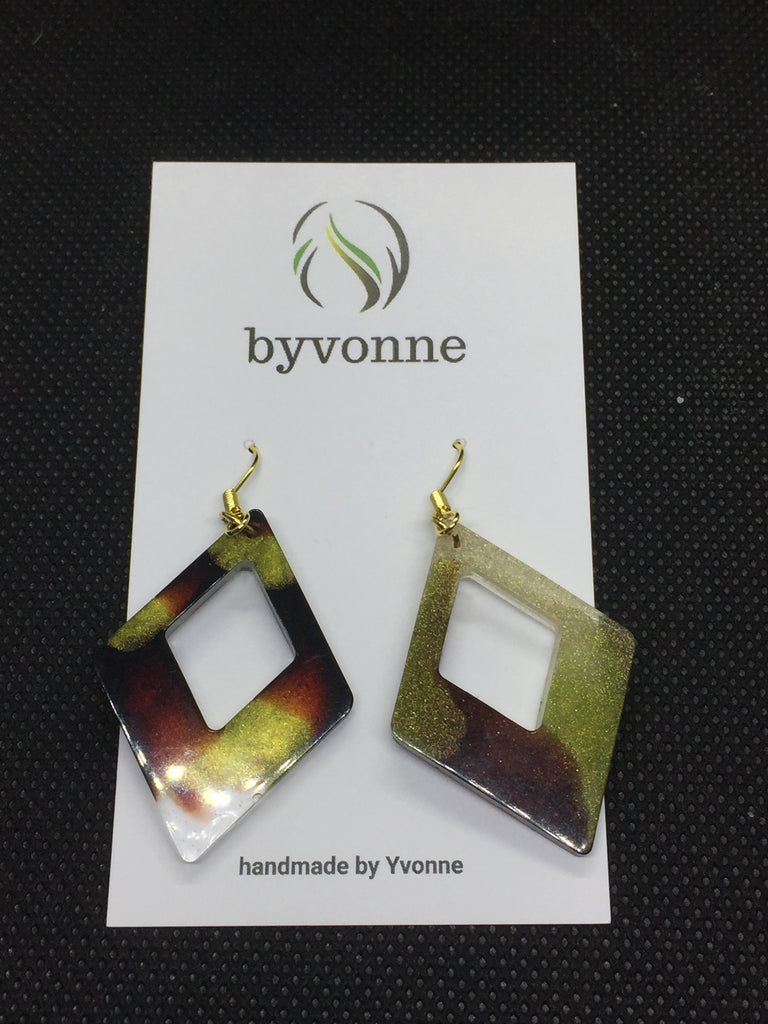 Drop Earrings byvonne