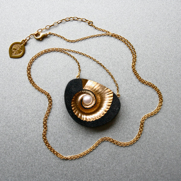 Nacre - Nautilus Necklace