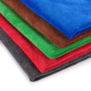 Collection of 5 Large Microfiber Towels