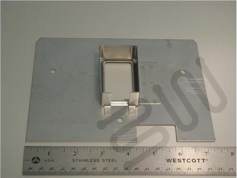 S7683- Plate Switch w/ Handle