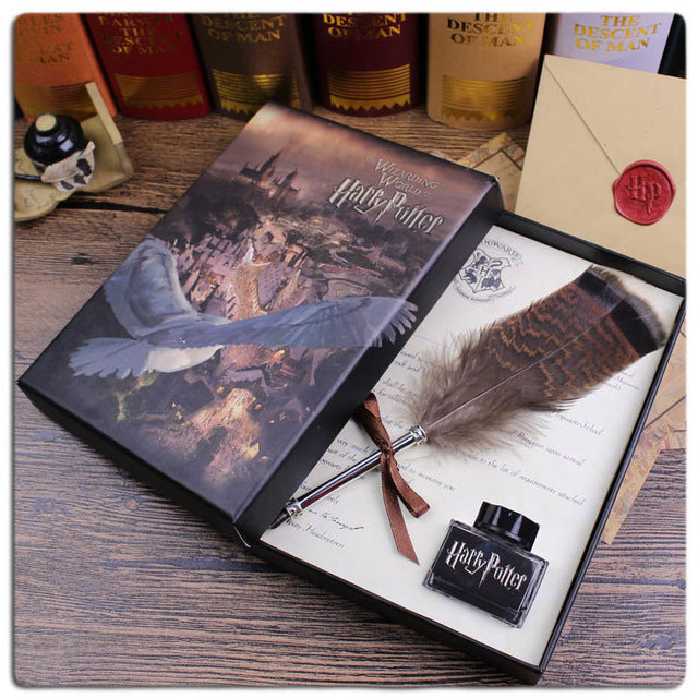Harry Potter Feather Pen with Hogwarts School Admission