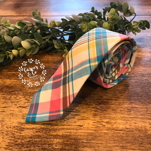 """Cheerful Heart"" Plaid Tie"
