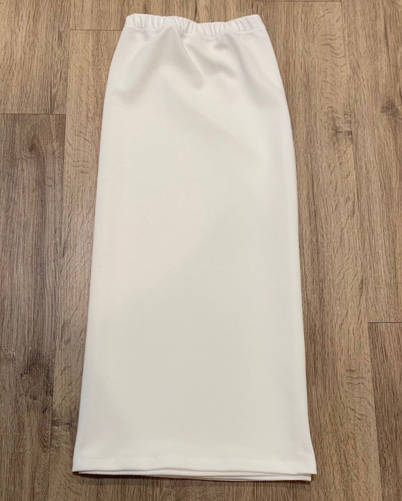"Perfectly Plus 31"" Pencil Skirt In Ivory"