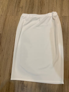 Perfect Pencil Skirt in White (Dressy)