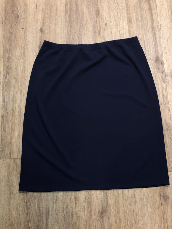 Perfectly Plus Pencil Skirt in Navy